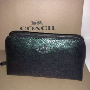NWT authentic Coach Pebbled Hologram Cosmetic Case